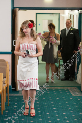 Wedding-Photography-at-Ipswich-Registry-Office,-Suffolk.-132