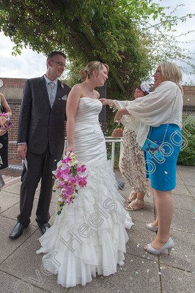 Wedding-Photography-at-Ipswich-Registry-Office,-Suffolk.-170