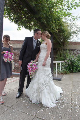 Wedding-Photography-at-Ipswich-Registry-Office,-Suffolk.-174