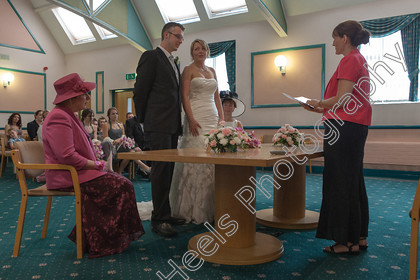 Wedding-Photography-at-Ipswich-Registry-Office,-Suffolk.-143