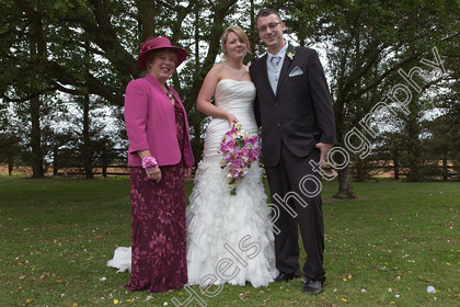 Wedding-Photography-at-Ipswich-Registry-Office,-Suffolk.-211